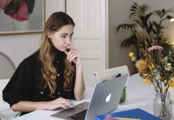 Hosting webinars as a creative freelancer